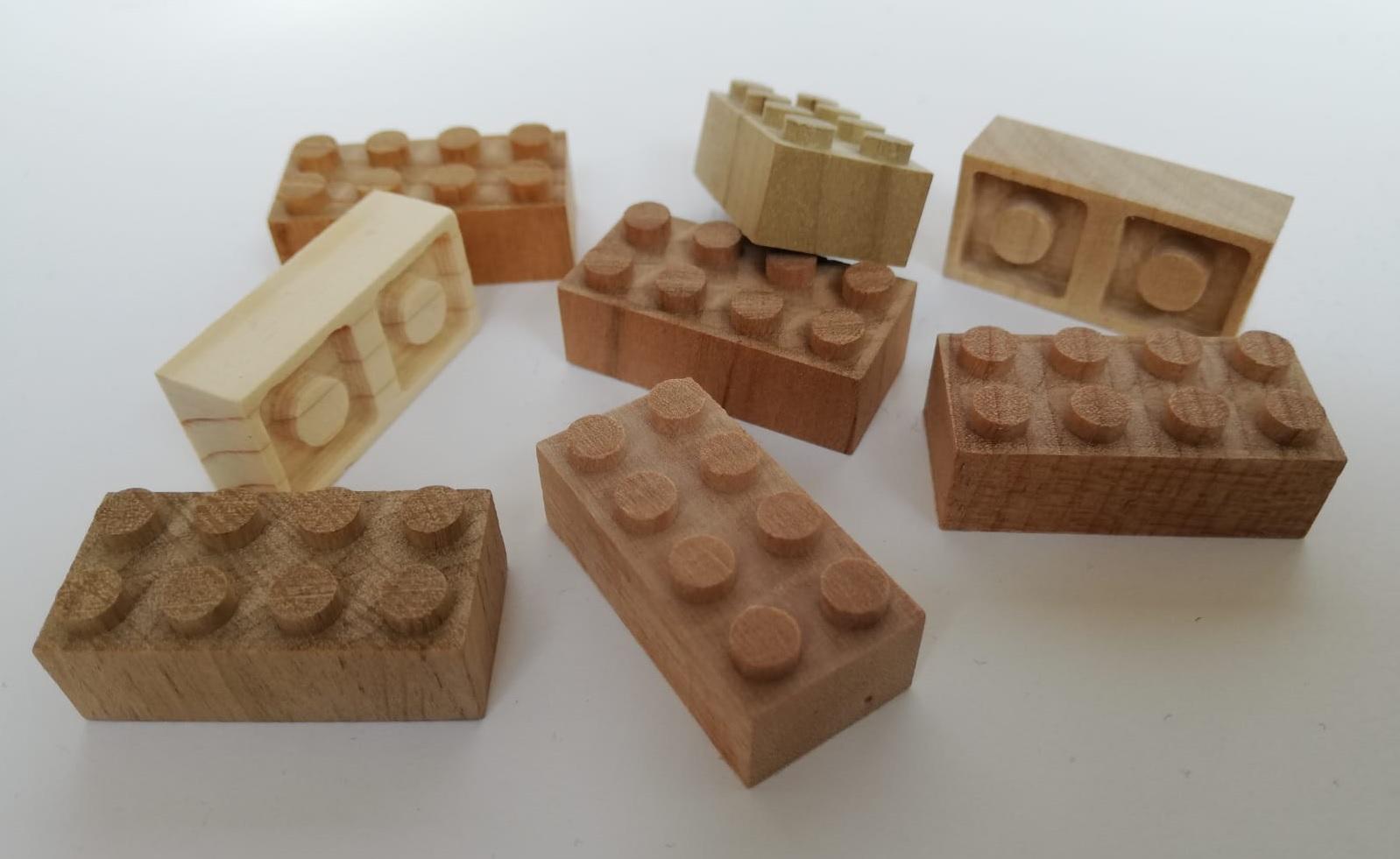 LEGOHOLZ.jpg